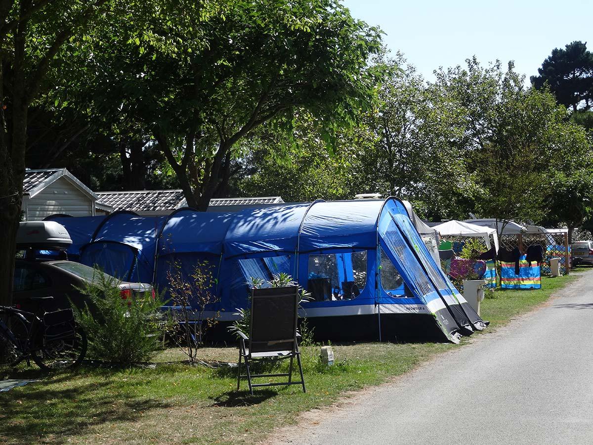 emplacement standard camping 4 étoiles vendée le chaponnet