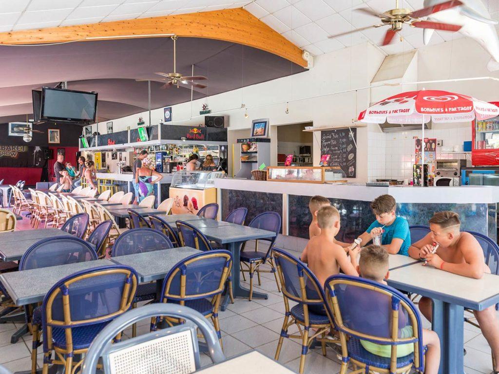 le bar restaurant du camping en vendée