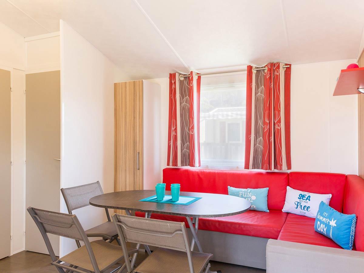 salle à manger location mobilhome vendée Alizé 6 personnes